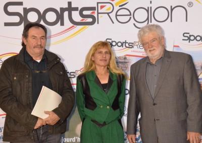 Marie-France Cabose et le président du comité du Tarn et Garonne des médaillés