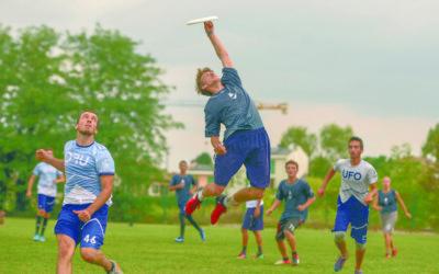 Vole mon frisbee, vole !