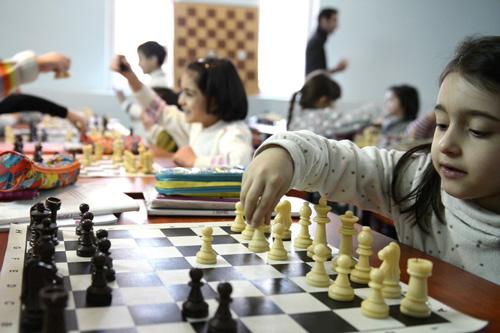 De plus en plus d'écoles ont recours au «roi des jeux», parfois dès la maternelle